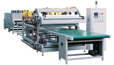 Full automatic plate door shrinking machine packaging machine